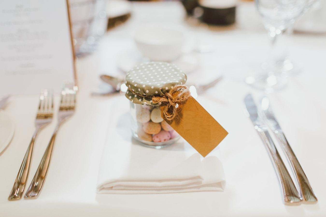 nice-wedding-favors-in-jar