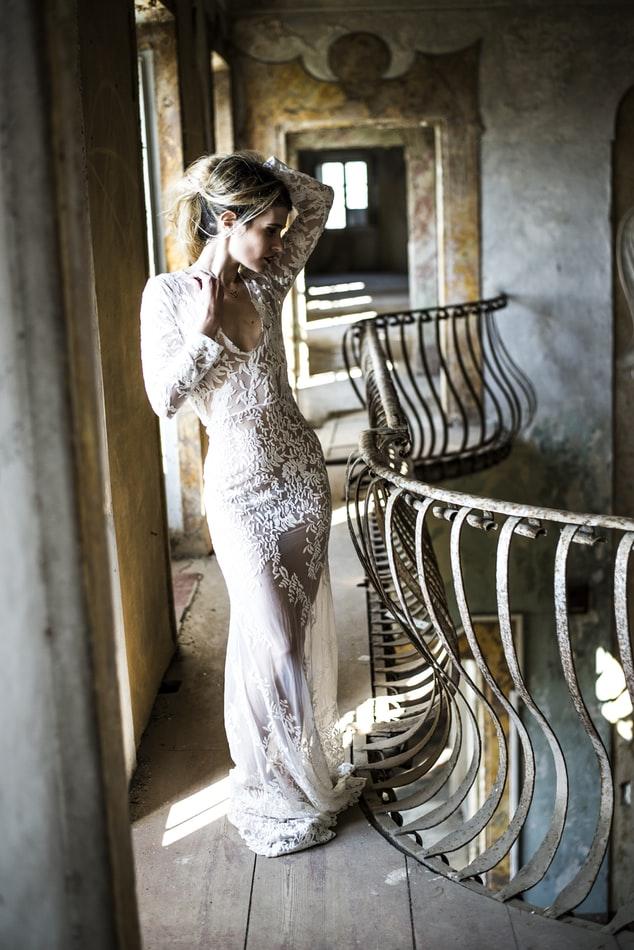 Bride wearing sheath wedding dress