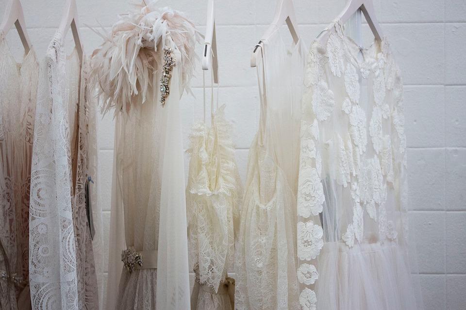 should-i-hire-a-wedding-dress