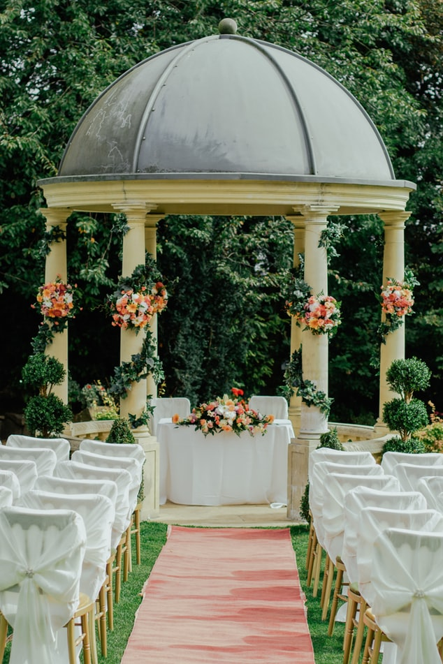 Outdoors wedding venue