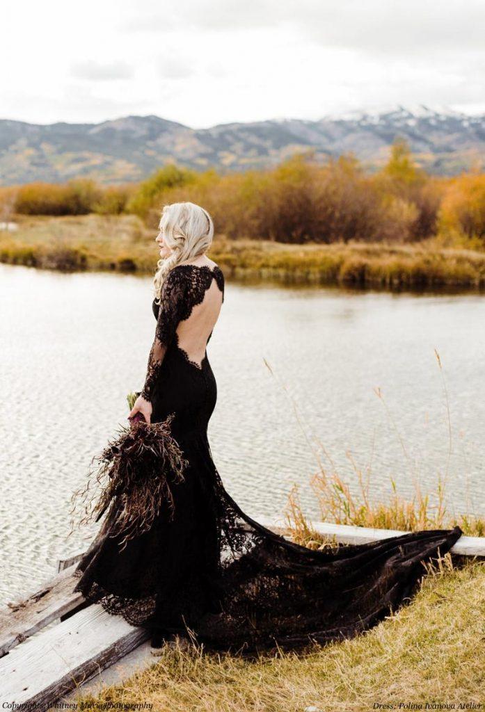 Bride black-lace wedding dress