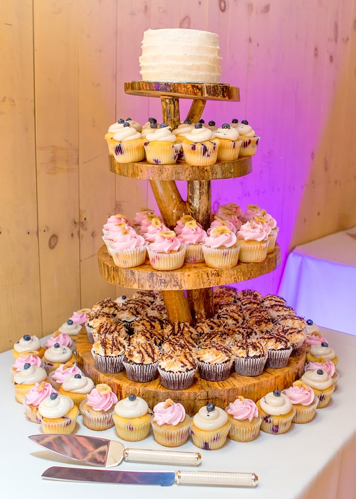 Beautiful cupcake arrangement for wedding