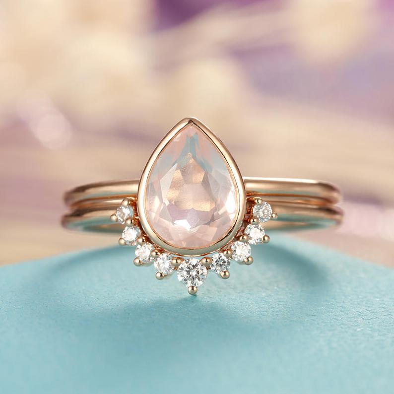 Rose shape quartz engagement ring