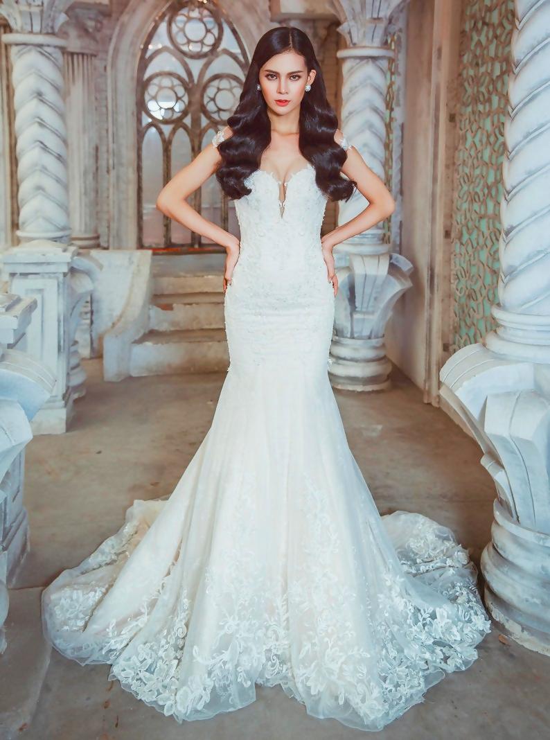 Bride-wedding-dress