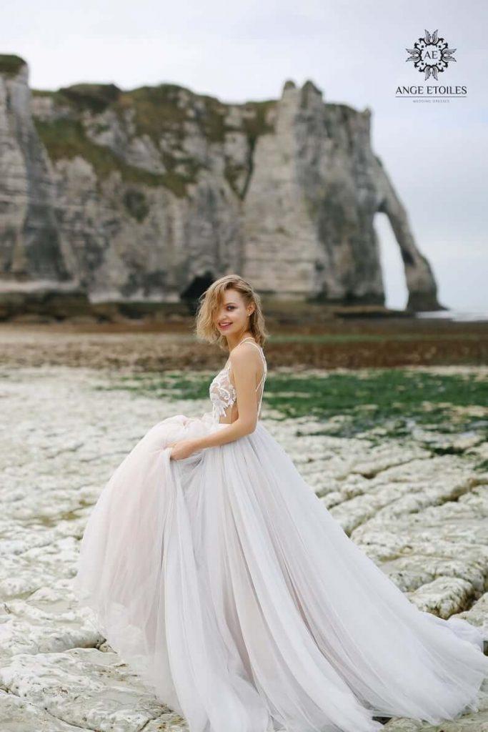 Bride wearing court train dress