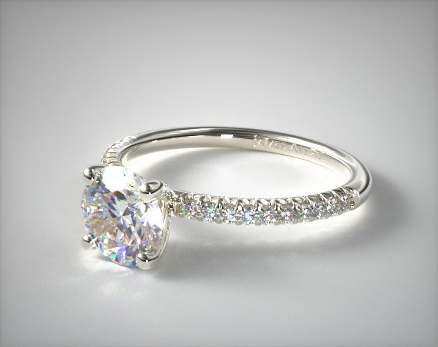 d clarity grade engagement ring