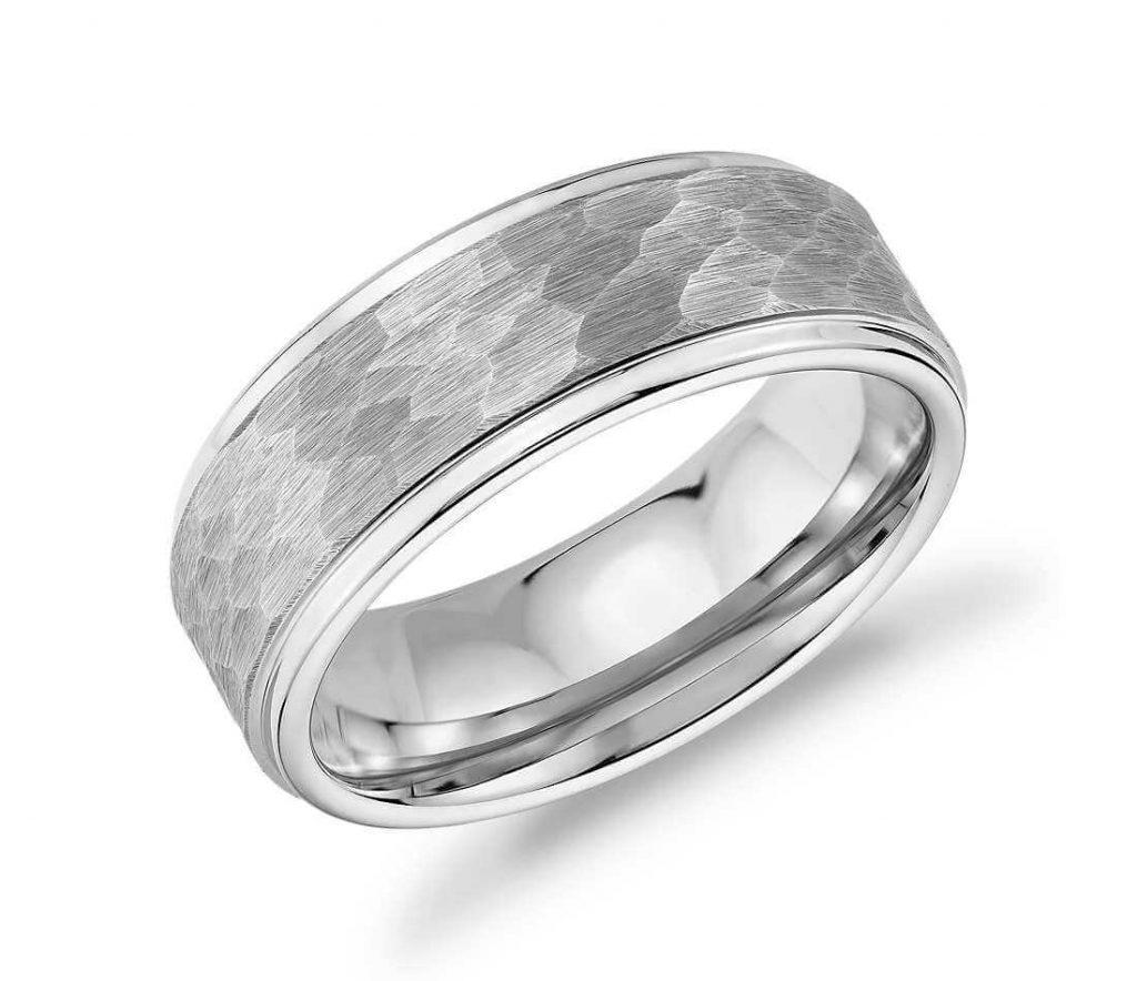 Hammered tungsten ring closeup