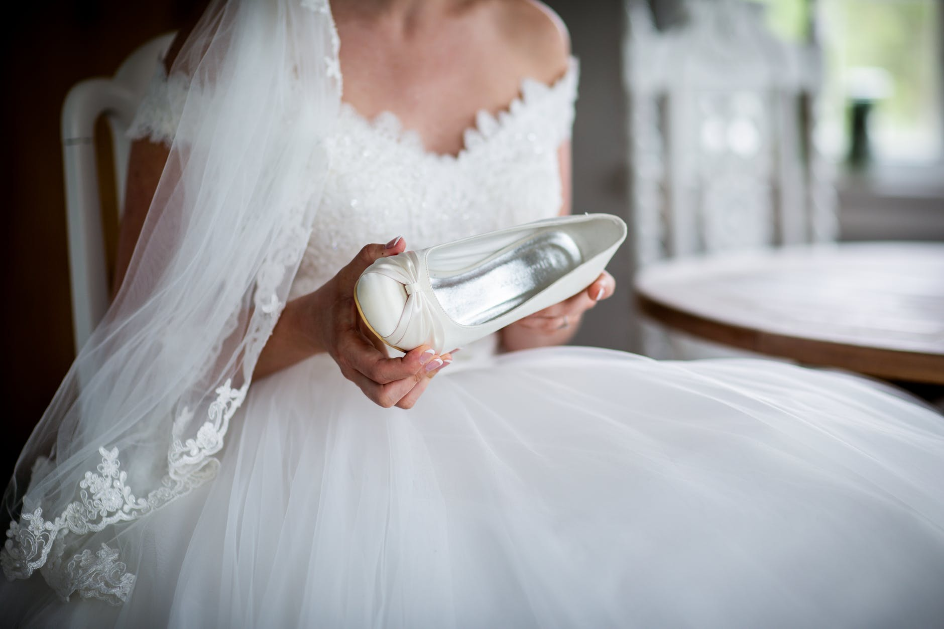 how-to-choose-the-perfect-wedding-shoes