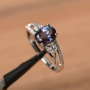 Lab-created alexandrite sterling silver ring close up