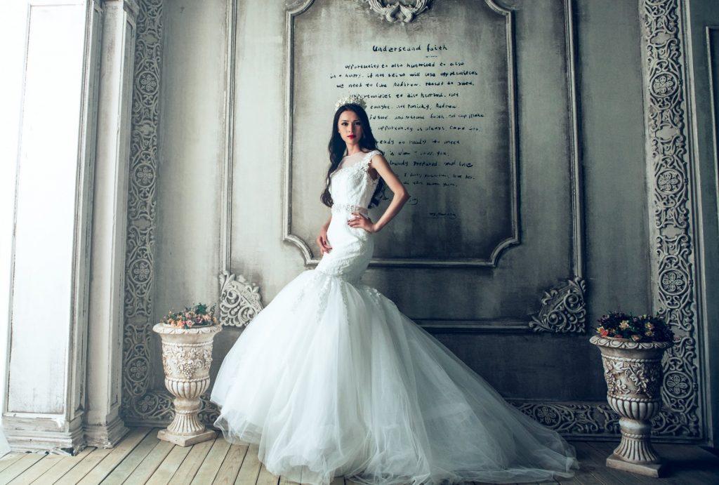 Girl wearing mermaid wedding dress