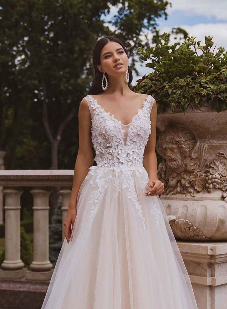 minimalist floral wedding gown