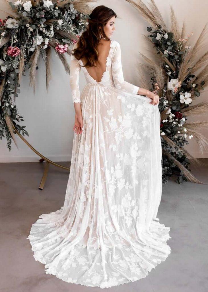 White open-back bohemian dress