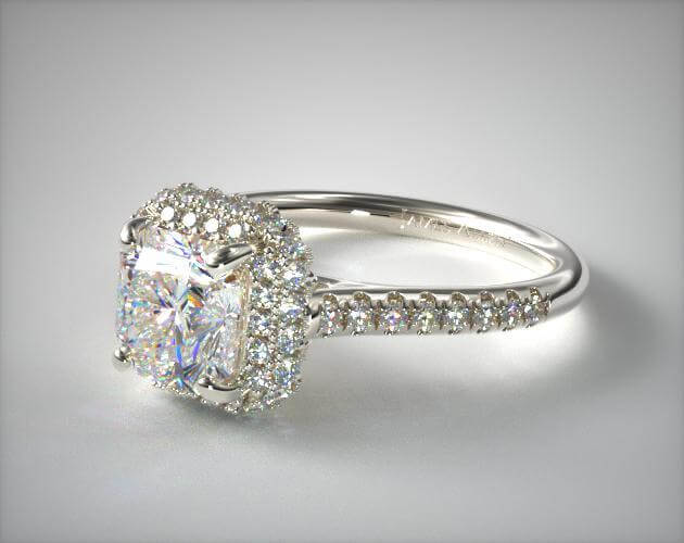 Radiant cut halo ring setting