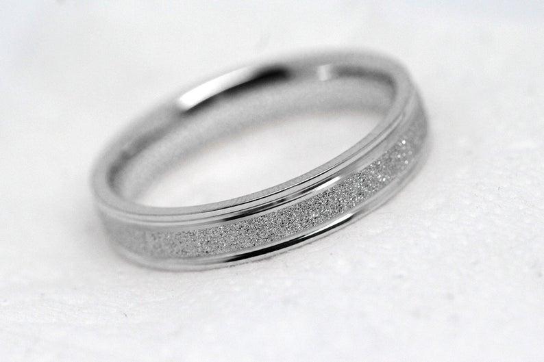 Men silver wedding ring