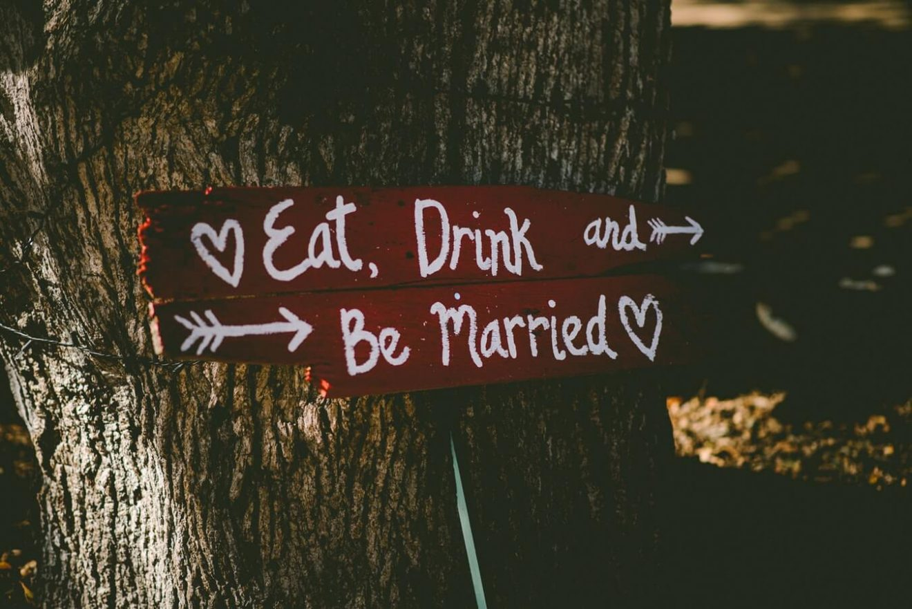 Symbolic wedding guide