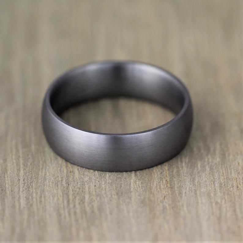 Tantalum masculine design wedding ring