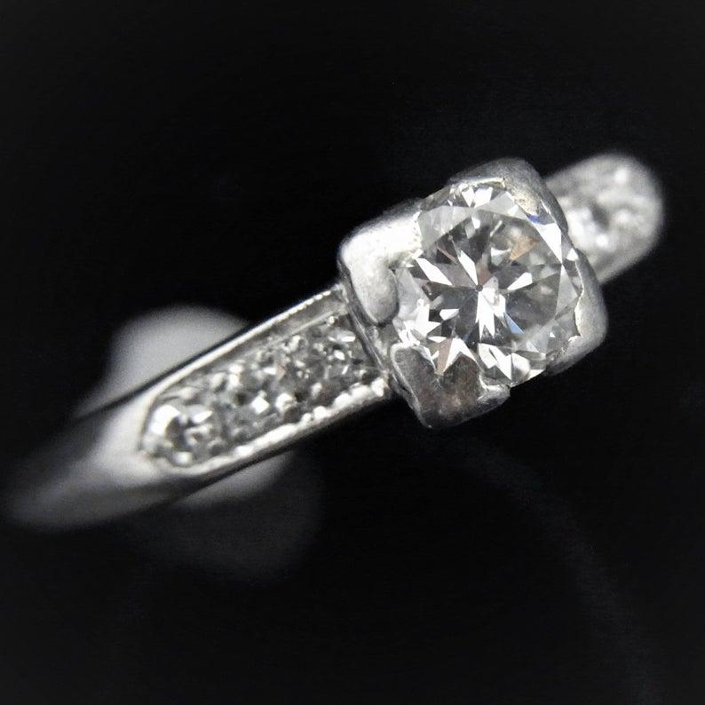 Transition cut diamond ring