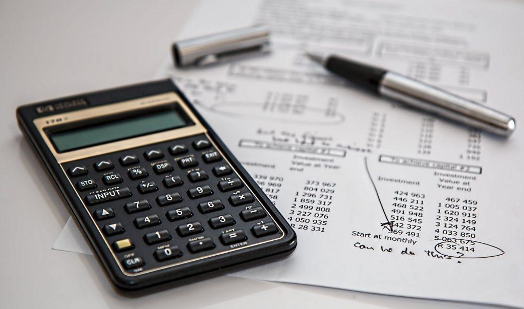 Calculator to budget wedding dress