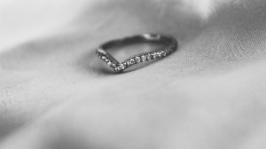 What is wishbone wedding ring?