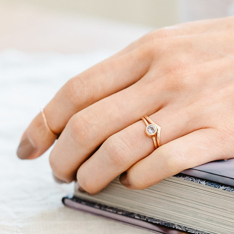 Wishbone wedding ring rose gold