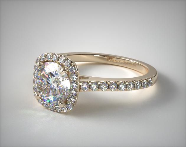 yellow gold ring with round diamond