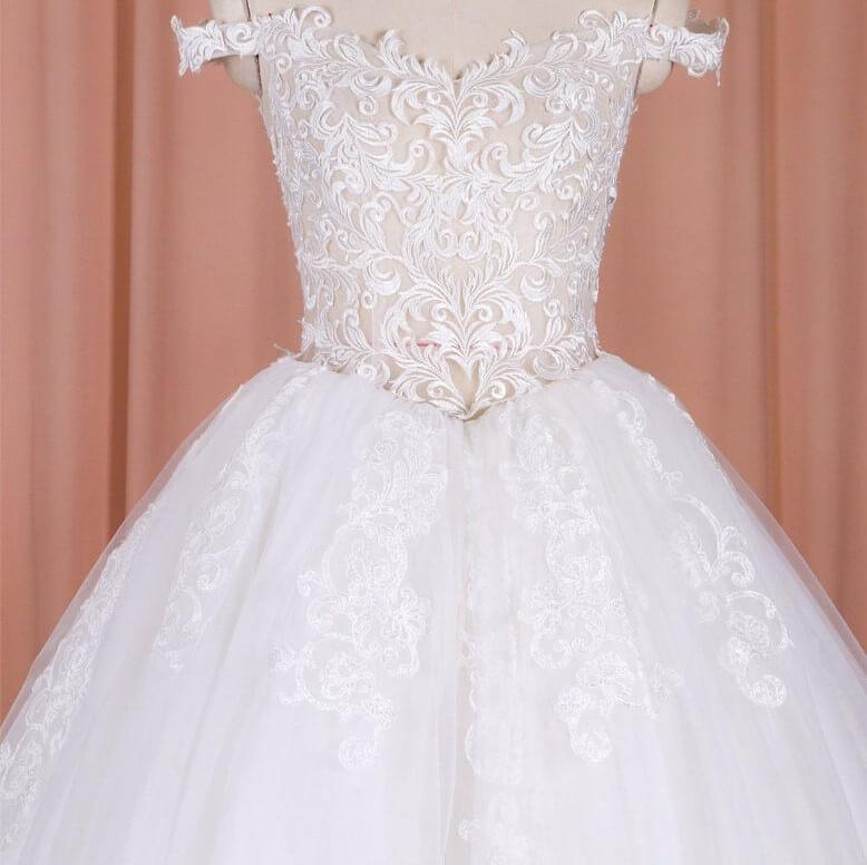 Basque wedding gown