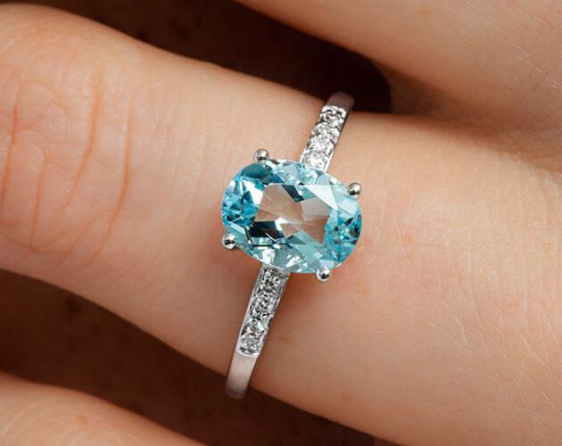 blue-solitaire-aquamarine-ring-james-allen