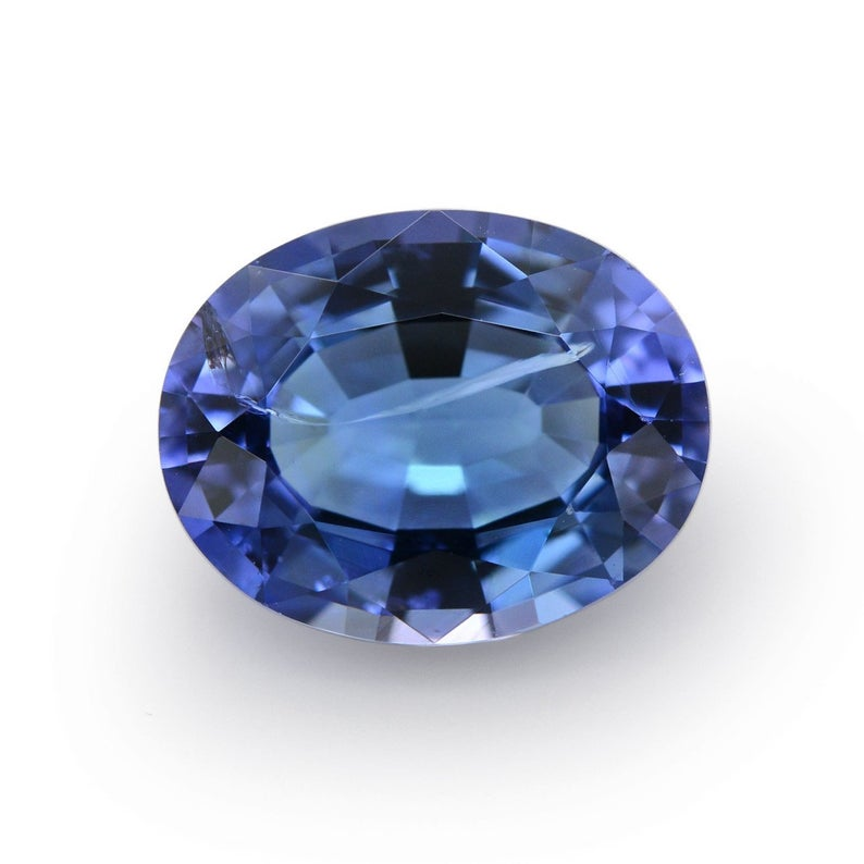 Loose tanzanite oval shape
