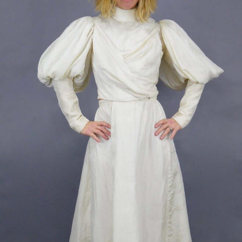 Gigot sleeve dress