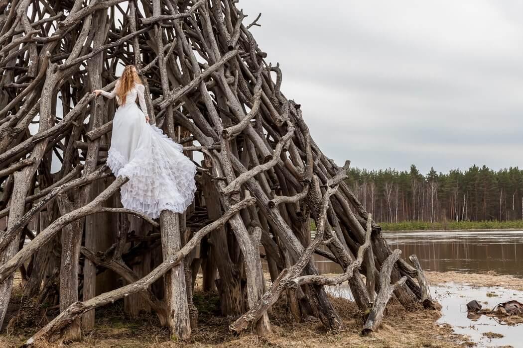 Bride with white long-length wedding dress
