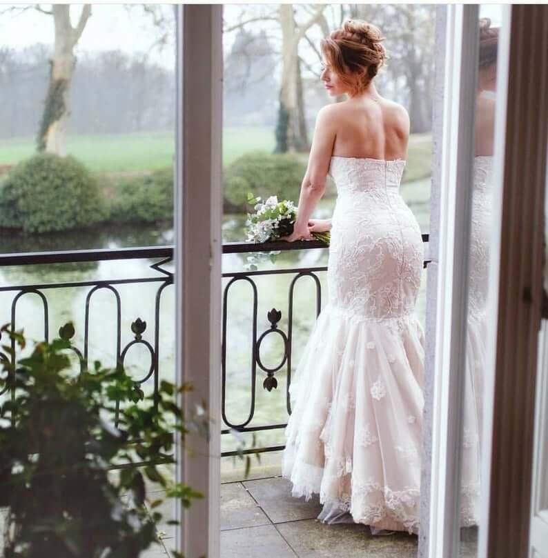 Mermaid wedding dress for plus size bride