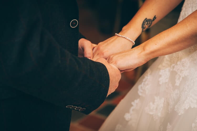 Small bracelet on bride's hand