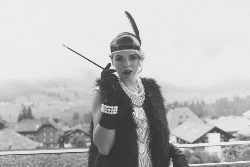 1920s girl wearing flapper dress