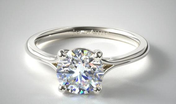 4 prong setting round shape engagement ring