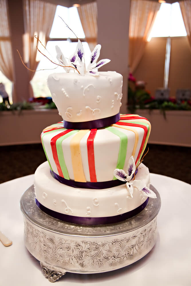 asymmetrical wedding cake