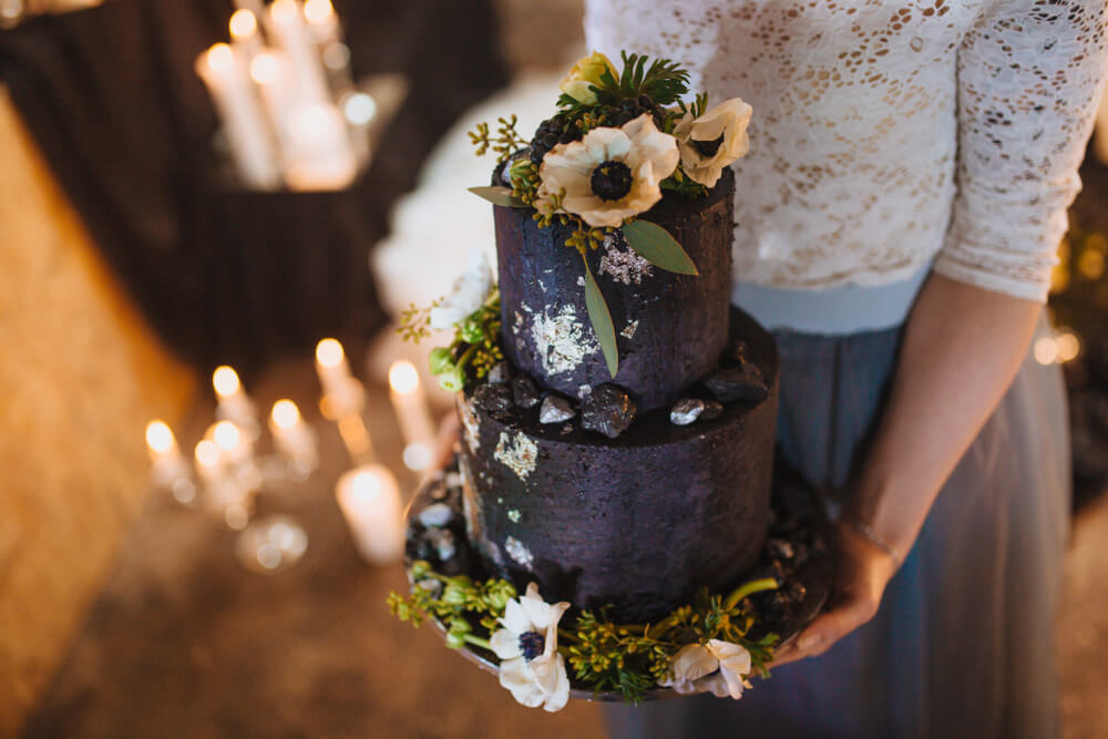 Black cake with blooms