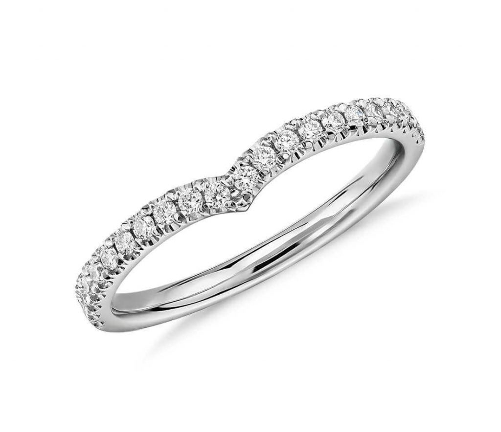 Curved eternity band