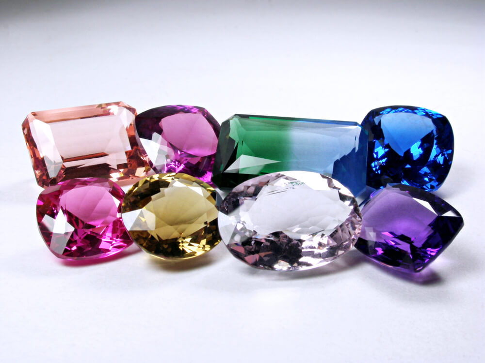 Stones that create dearest ring