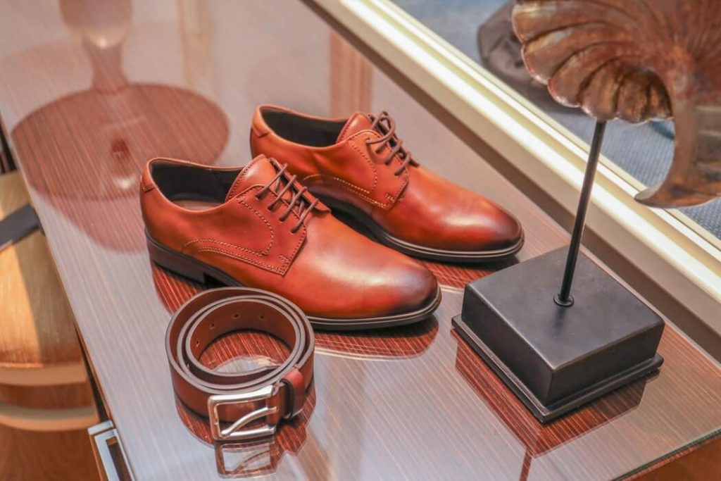 Footwear for groom