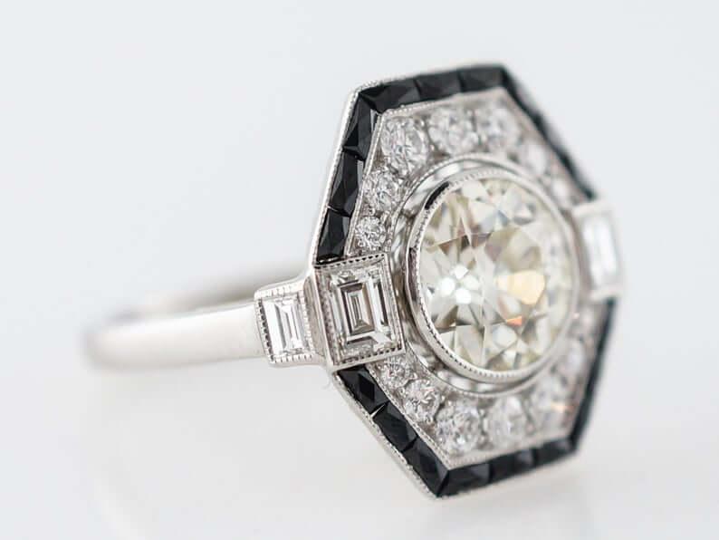 Geometric 1920 ring closeup