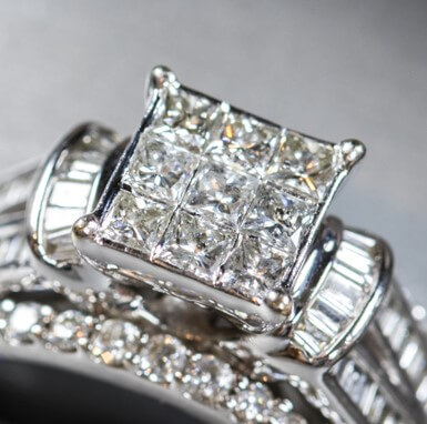 invisible setting ring - closeup