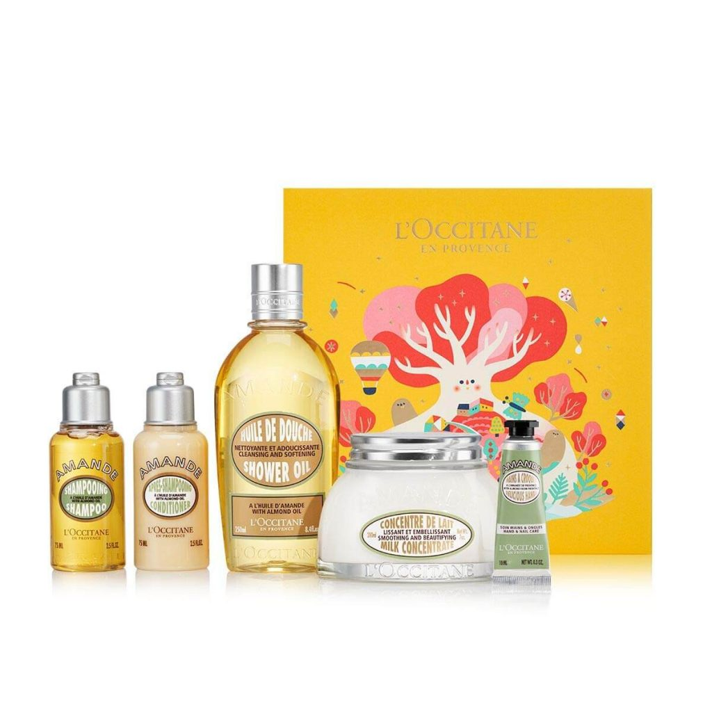 Luxurious gift set for bridesmaids
