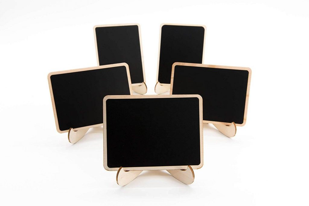 Mini chalkboards as place holder