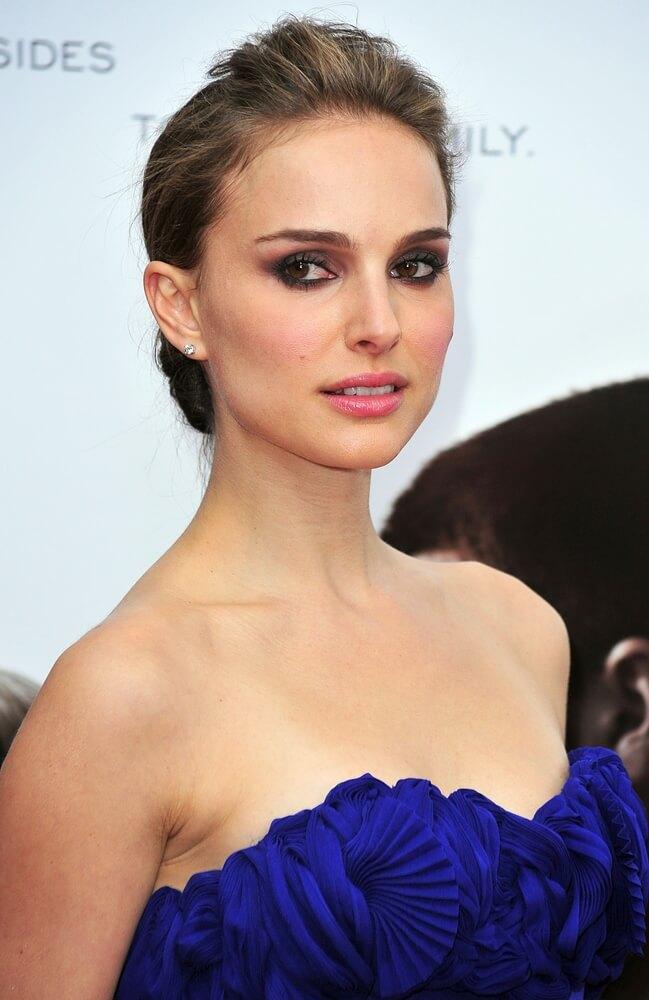 Natalie Portman wearing diamond studs