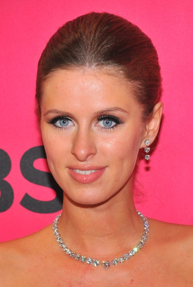 Nicky Hilton wearing diamond tennis necklace