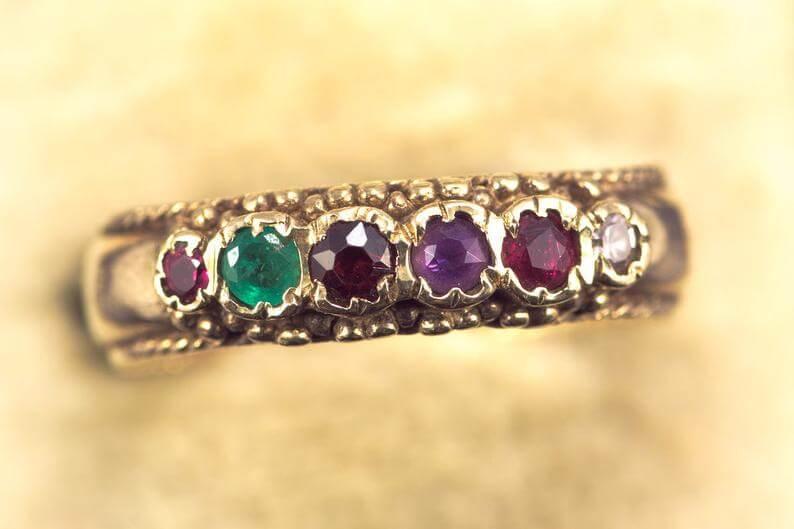 regard antique Victorian ring