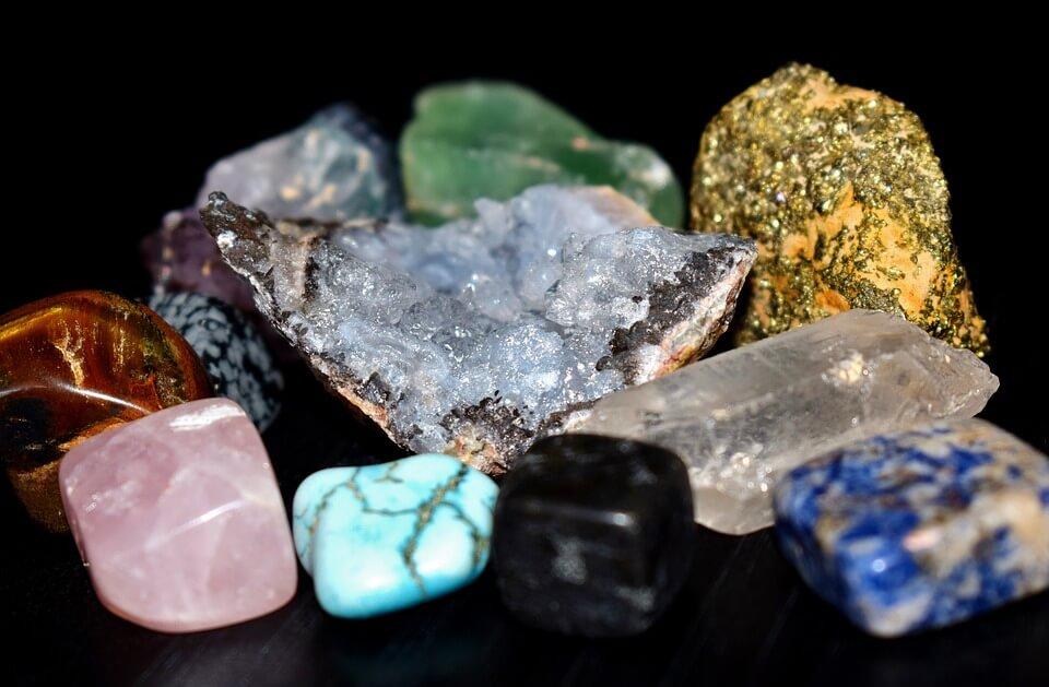 Gemstones resembling REGARD ring