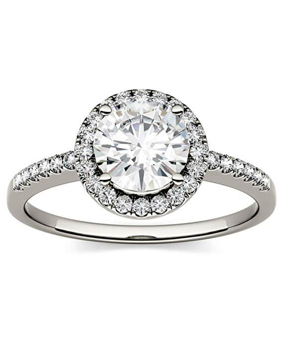 Round brilliant moissanite engagement ring