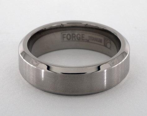 Men's titanium wide wedding ring