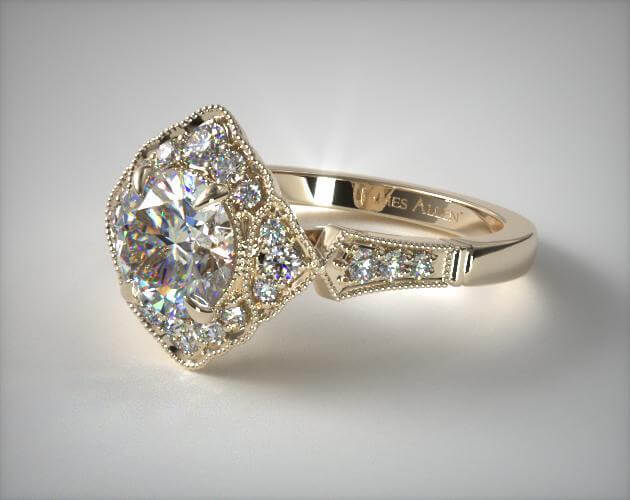 Vintage 1940s engagement ring in yellow gold